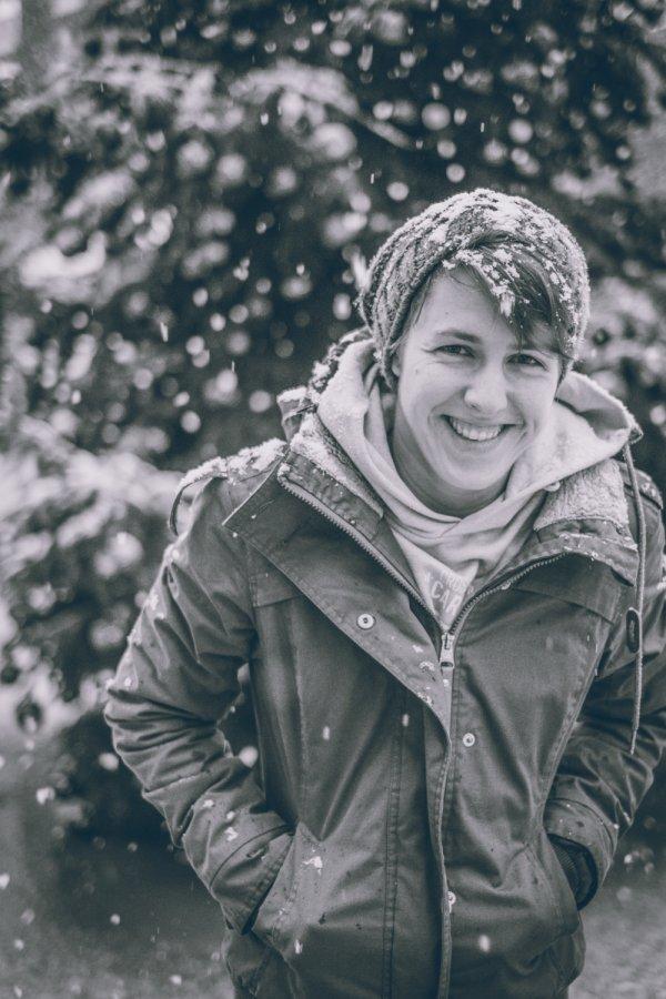 Eline in de sneeuw